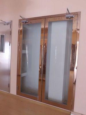 钢质大玻璃防火门